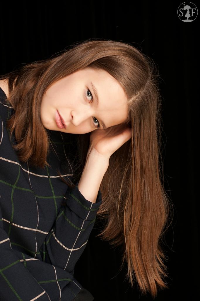 Photographer: Amanda Isusi Ugalde Model: Alana Greig